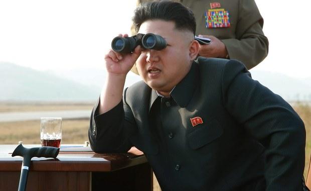 Korea Północna wysłała do Korei Południowej balony z milionem propagandowych ulotek - poinformowali przedstawiciele władz w Seulu. Większość broszurek spadła w pobliżu linii demarkacyjnej, ale część znaleziono także w południowokoreańskiej stolicy.