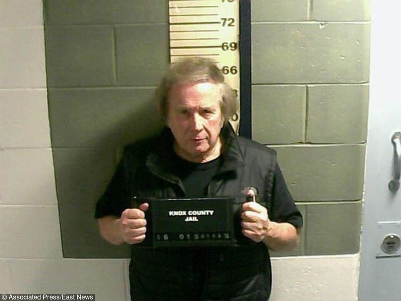 """Znany z przeboju """"American Pie"""" wokalista i kompozytor Don McLean trafił do aresztu w związku z zarzutem przemocy domowej."""