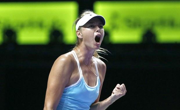 Rozstawiona z numerem piątym Maria Szarapowa pewnie awansowała do trzeciej rundy wielkoszlemowego turnieju Australian Open. Rosyjska tenisistka pokonała dzisiaj Białorusinkę Alaksandrę Sasnowicz 6:2, 6:1.