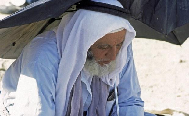 """Policjanci w Tadżykistanie zgolili w zeszłym roku brody 13 tysiącom muzułmanów. Władze uznają taki zarost, zwłaszcza """"za długi i zaniedbany"""" za oznakę radykalnie islamistycznych poglądów."""