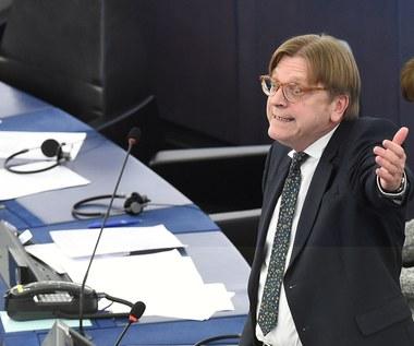 Nowa inicjatywa kontrowersyjnego europosła. Rozesłał projekt rezolucji ws. Polski