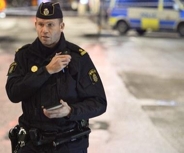 Szwedzcy policjanci będą pilnować basenów. Chcą chronić kobiety przed molestowaniem