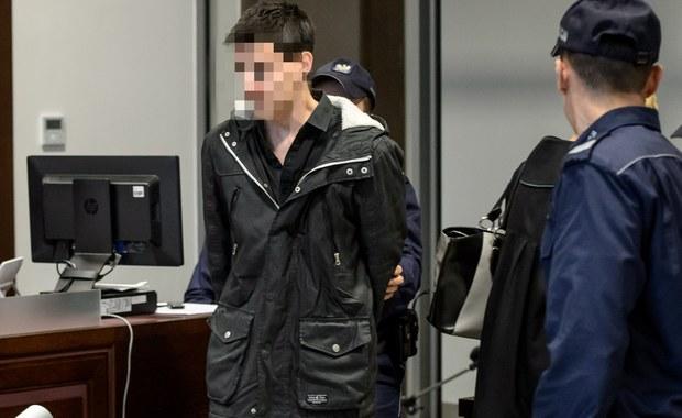 Obrońcy 18-letniego Kamila N. i 19-letniej Zuzanny M., skazanych za zabójstwo rodziców chłopaka, złożyli apelacje od tego wyroku. Wcześniej apelację złożyła też prokuratura. Do zbrodni doszło w grudniu 2014 roku Rakowiskach koło Białej Podlaskiej. Sąd Okręgowy w Lublinie skazał oboje na 25 lat więzienia z możliwością zwolnienia nie wcześniej, niż po 20 latach.