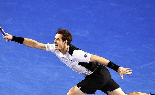 Andy Murray pokonał w półfinale Australian Open Milosa Raonica 4:6, 7:5, 6:7 (4-7), 6:4, 6:2. W niedzielę w finale wielkoszlemowego turnieju Brytyjczyk zmierzy się z Serbem Novakiem Djokovicem.