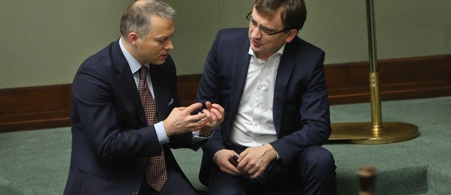 Sejm nie zgodził się w sobotę na uchylenie immunitetu wiceszefowi klubu Jackowi Żalkowi (PiS). Wniosek złożyła policja, która zarzuciła posłowi przekroczenie prędkości.