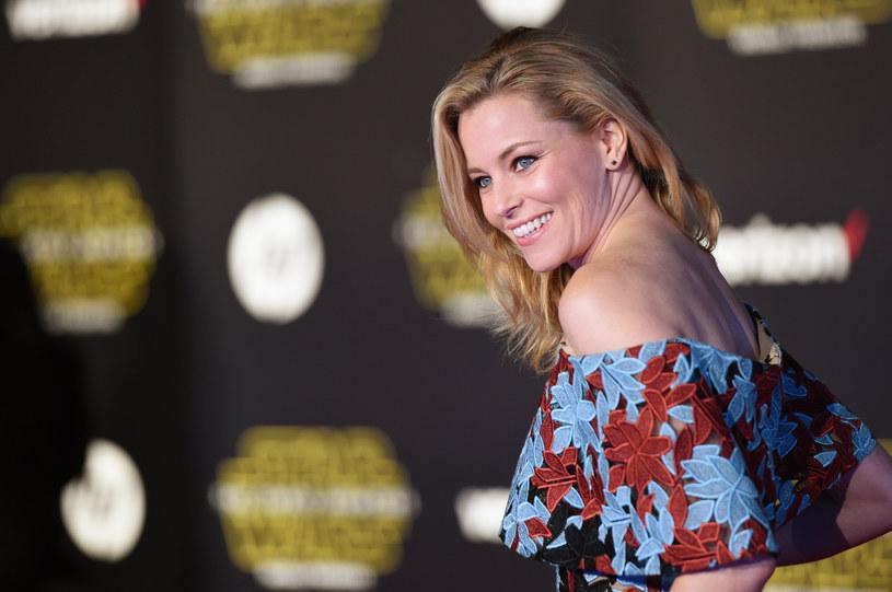 """Znana z """"Igrzysk śmierci"""" aktorka Elizabeth Banks, wcieli się w rolę złowieszczej Rity Repulsy w filmowej adaptacji telewizyjnego serialu """"Power Rangers""""."""