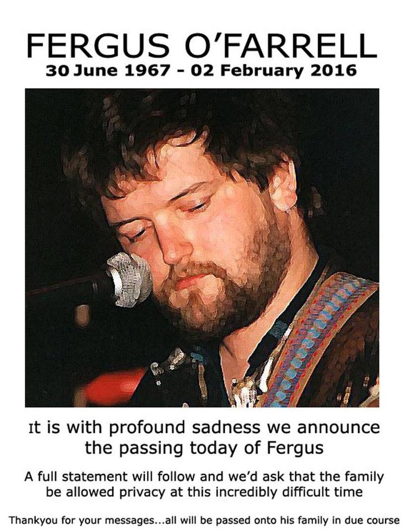 """W wieku 48 lat zmarł Fergus O'Farrell, wokalista irlandzkiej grupy Interference, której przebój """"Gold"""" pojawił się w filmie """"Once""""."""