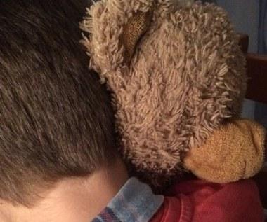 Kraków: Na oczach matki porwał 4-latka, pogryzł go i wrzucił do śmietnika