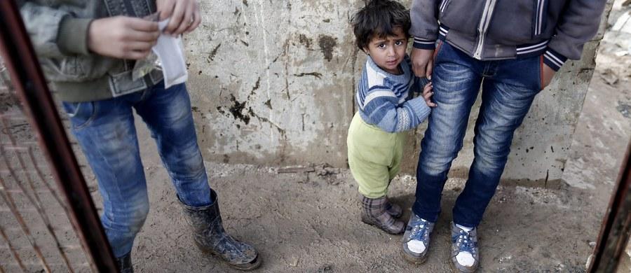 W syryjskich więzieniach rządowych dochodzi do masowych morderstw, które pokazują, że władze w Damaszku prowadzą politykę eksterminacji ludności cywilnej - wynika z opublikowanego raportu ONZ. Oceniono, że jest to zbrodnia przeciwko ludzkości.
