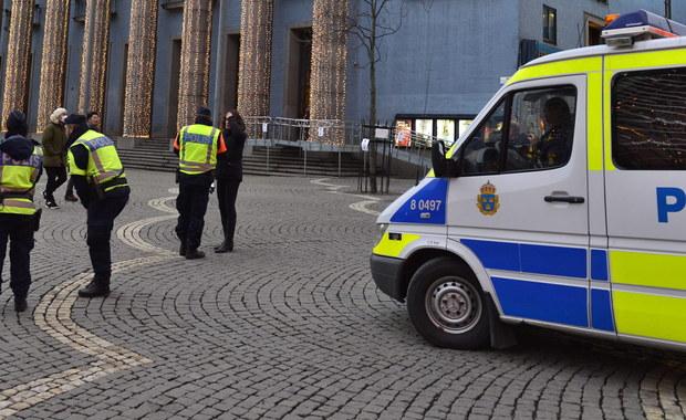 Sąd w Soedertoern pod Sztokholmem zdecydował w czwartek o aresztowaniu na dwa tygodnie dwóch Polaków oraz jednego Ukraińca podejrzanych o przygotowywanie ataku na ośrodek dla uchodźców w Nynaeshamn.