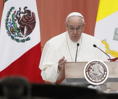 """Papież Franciszek w Meksyku: Handel narkotykami to """"nowotwór, który pożera"""""""