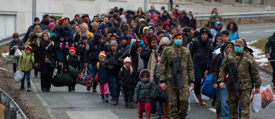 Austria zamierza ograniczyć wjazd do kraju osobom, które ubiegają się o azyl do 80 dziennie. Limit dla osób przejeżdżających tranzytem ma być ograniczony do 3,2 tysięcy na dzień.