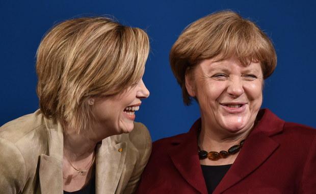 Zasugerowane przez kanclerz Angelę Merkel obniżenie wysokości świadczeń na dzieci imigrantów z innych krajów UE mieszkających w Niemczech uderzy przede wszystkim w Polaków - piszą niemieckie gazety. Władze w Berlinie chcą pójść w ślady Wielkiej Brytanii.