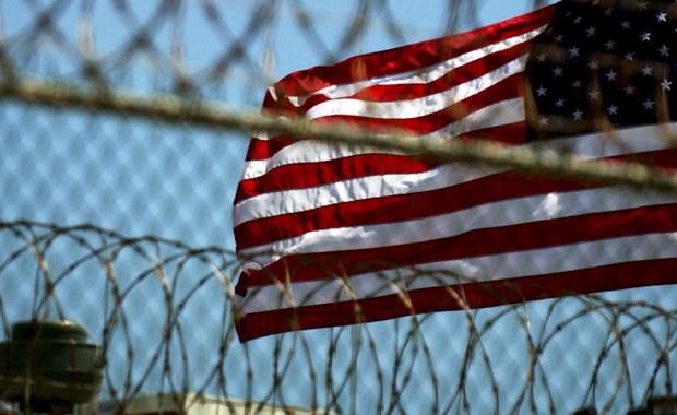 Biały Dom ogłasza plan zamknięcia więzienia w bazie w Guantanamo na Kubie. 50 więźniów, podejrzewanych o terroryzm, których nie można wypuścić na wolność, miałoby trafić do 13 więzień w Stanach Zjednoczonych. To na razie projekt Barack Obamy, który został przesłany do Kongresu. Na pewno spotka się ze sprzeciwem Republikanów.