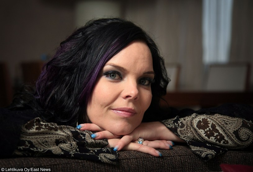 Znana z występów w grupie Nightwish szwedzka Anette Olzon trafiła do szpitala, gdy została zaatakowana i obrabowana na ulicy.