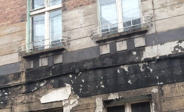 Pięć budynków do natychmiastowego wyburzenia, a około 50 kolejnych nie nadaje się do użytku – to są problemy Bytomia z uszkodzonymi kamienicami. W minioną niedzielę zawalił się tam kolejny budynek, a średnio w roku dochodzi do trzech katastrof budowlanych.