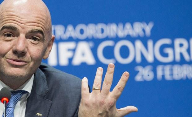 """Zwycięstwo Gianniego Infantino to dla Polski bardzo dobra informacja - uważa prezes PZPN Zbigniew Boniek, który brał udział w wyborach nowego prezydenta FIFA w Zurychu, a swój głos oddał właśnie na 45-letniego Szwajcara. """"Jestem szczęśliwy. Wygrał nasz dobry przyjaciel"""" - podkreślił."""