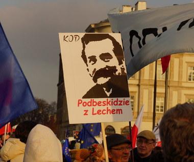 Manifestacja KOD-u w obronie Lecha Wałęsy. Ratusz: 80 tysięcy ludzi, policja: 15 tysięcy