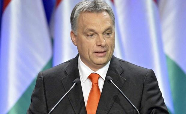 """Nie będzie automatycznego przedłużenia sankcji UE wobec Rosji – oświadczył premier Węgier. Viktor Orban zaapelował o """"spokojną debatę"""" na temat realizacji mińskiego porozumienia w sprawie uregulowania konfliktu na wschodzie Ukrainy. Orban wypowiadał się na spotkaniu z ambasadorami Węgier."""