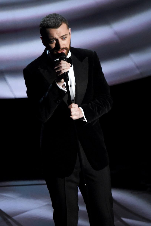 Sam Smith zdobył się na krytykę i przyznał, że nie podobał mu się jego występ na gali rozdania Oscarów.