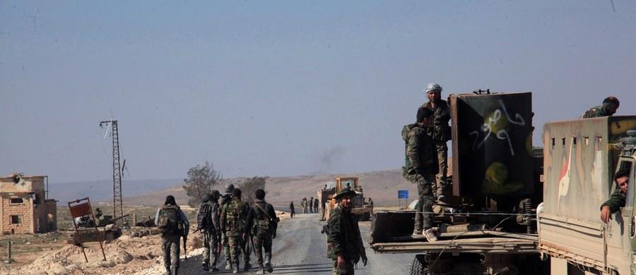 """""""Terroryści złamali rozejm już w pierwszej godzinie"""" jego obowiązywania - powiedział w wywiadzie dla niemieckiej telewizji ARD prezydent Syrii Baszar el-Asad. Dodał, że syryjska armia powstrzymuje się od działań odwetowych, jednak """"wszystko ma swoje granice""""."""