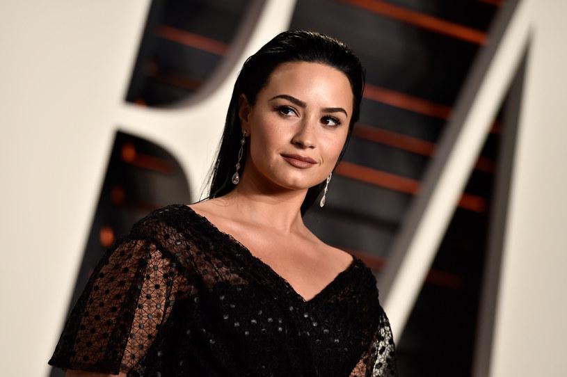Kim Kardashian wywołała burzę w sieci, publikując swoje nagie zdjęcia na Instagramie i Twitterze. Celebrytka w końcu znalazła też swoich obrońców. Jednym z nich została Demi Lovato.