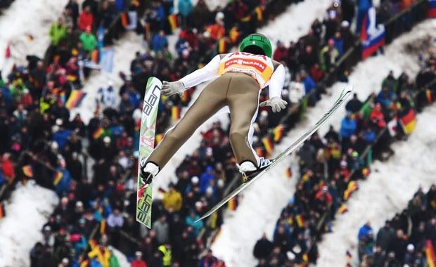 Wiatr wygrał z organizatorami konkursu Pucharu Świata w skokach narciarskich w  Titisee-Neustadt. Impreza została odwołana z powodu zbyt silnego wiatru. Ostatnie zawody w tym sezonie odbędą się za tydzień na skoczni w Planicy.