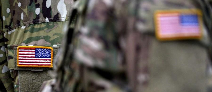 14 żołnierzy z ochrony bazy rakietowej strategicznych sił nuklearnych USA zawieszono w służbie w związku z dochodzeniem w sprawie przestępczości narkotykowej. W co najmniej kilku przypadkach chodzi o zażywanie kokainy – podaje agencja AP.