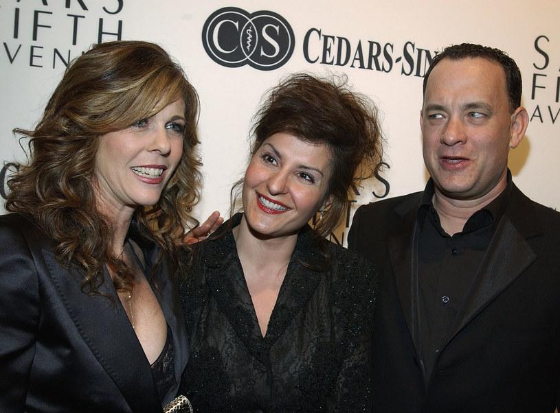 """Kiedy Nia Vardalos odebrała telefon i usłyszała: """"Dzień dobry, tu Tom Hanks, mam propozycję filmową"""", rzuciła słuchawką. Przecież Tom Hanks nie mógł do niej dzwonić... A jednak ten telefon nie był żartem."""