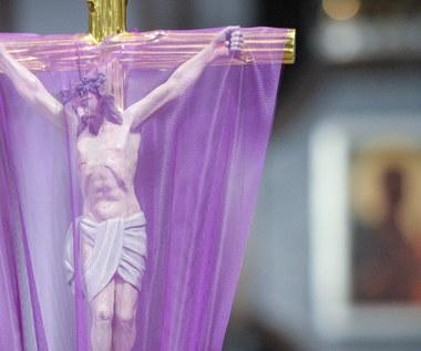 Oto drzewo krzyża, na którym zawisło Zbawienie Świata, czyli co wydarzyło się w Wielki Piątek