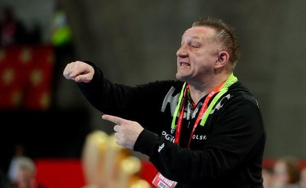 Były selekcjoner reprezentacji Polski w piłce ręcznej mężczyzn Michael Biegler poprowadzi kobiecą drużynę narodową Niemiec - podały tamtejsze media. Szkoleniowiec, który 5 kwietnia skończy 55 lat, ma zostać zaprezentowany w nowej roli już w najbliższą sobotę.