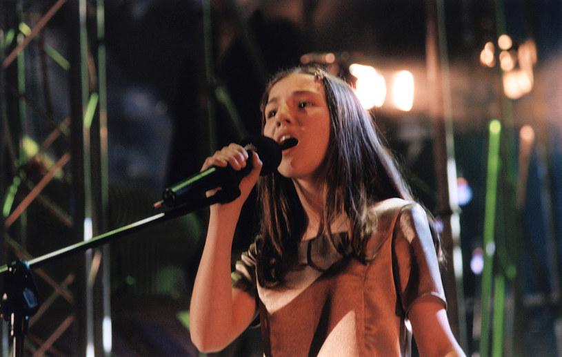 """W wieku zaledwie 13 lat podbiła program """"Szansa na sukces"""" w piosence Violetty Villas. Co teraz porabia Małgorzata Markiewicz?"""