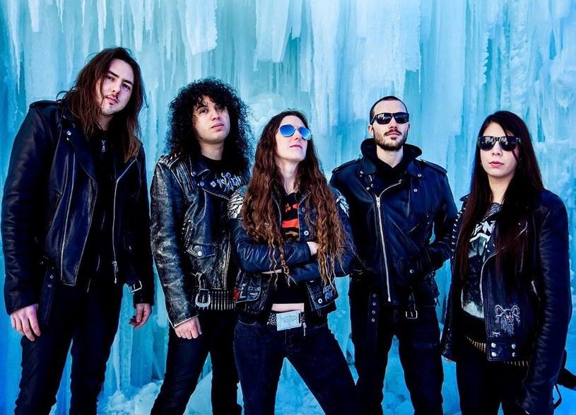 Kanadyjska grupa Mortillery z Kanady przygotowała nowy album.