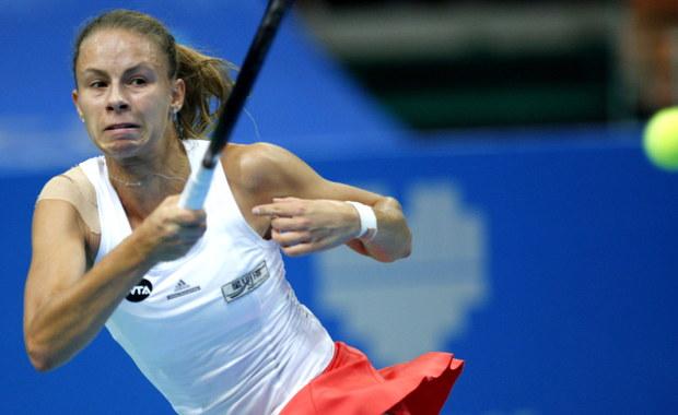 Magda Linette pokonała szwajcarską tenisistkę Stefanie Voegele 1:6, 7:5, 6:2 w ćwierćfinale turnieju WTA Tour w katowickim Spodku. Poznanianka jest ostatnią Polką, która została w stawce w grze pojedynczej.
