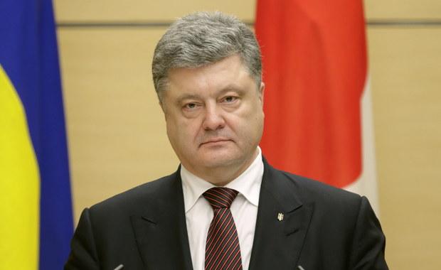 Prezydent Ukrainy Petro Poroszenko oczekuje, że nowa koalicja parlamentarna powstanie w najbliższy wtorek. Liczy też na to, że tego dnia zostanie ogłoszone nazwisko nowego premiera, który zastąpi dotychczasowego szefa rządu Arsenija Jaceniuka.