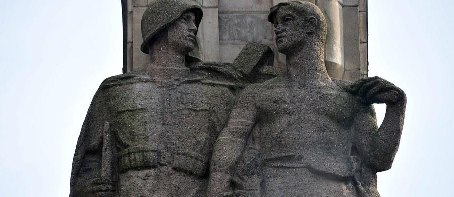 W przyszłym tygodniu może odbyć się wizja lokalna w miejscu, w którym IPN chce stworzyć skansen pomników radzieckich. Takie muzeum symboli wdzięczności Związkowi Radzieckiemu i Armii Czerwonej ma powstać w Czerwonym Borze na Podlasiu, między Łomżą a Zambrowem.