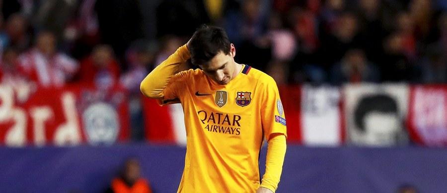 Argentyński piłkarz Barcelony Lionel Messi nie zdołał zdobyć bramki ani zanotować asysty w żadnym z pięciu ostatnich spotkań o stawkę. To jego najgorsza passa od 2010 roku. Wczoraj zespół z Katalonii przegrał z Atletico Madryt 0:2 w rewanżu 1/4 finału Ligi Mistrzów.