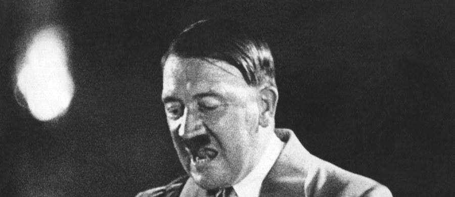 """Wiceszef prawicowo-populistycznej Alternatywy dla Niemiec (AfD) Alexander Gauland powiedział tygodnikowi """"Die Zeit"""", że Niemcy z powodu swej nazistowskiej przeszłości bronią tożsamości z mniejszą determinacją niż inne narody. """"Hitler zniszczył dużo więcej, niż tylko miasta i ludzi, złamał Niemcom kręgosłup, w znacznym stopniu"""" - stwierdził."""