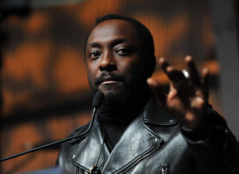 """Do sieci trafił teledysk """"Boys & Girls"""" Will.i.ama, muzyka i kompozytora znanego z grupy Black Eyed Peas."""