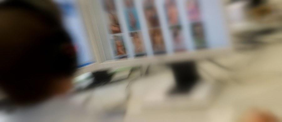 Wielka międzynarodowa akcja policji przeciwko internetowym pedofilom. Jak dowiedział się reporter RMF FM Krzysztof Zasada, w polskim wątku operacji GLAS funkcjonariusze przeprowadzili 50 przeszukań. Zatrzymano 15 osób, u których w komputerach znaleziono treści pedofilskie.