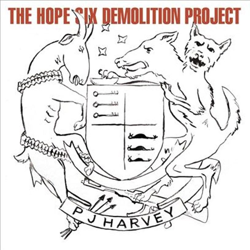 Damska strona sceny singer-songwriter pęka w szwach. Konkurencja jest tu silna, jak mało gdzie. Ale PJ Harvey przychodzi sobie, jak gdyby nigdy nic, po pięciu latach od ostatniej płyty i bez trudu rozstawia młodsze koleżanki po kątach.