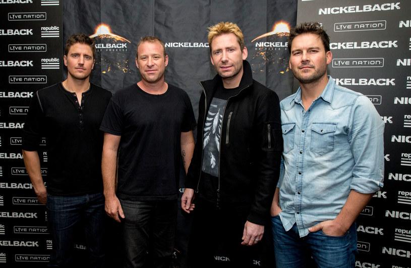 Liczne żarty i kpiny z kanadyjskiego zespołu Nickelback w końcu znalazły swoją naukową argumentację. Dlaczego grupa Chada Kroegera tak bardzo działa internautom i dziennikarzom na nerwy?