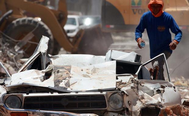 Po czterech dniach, jakie upłynęły od sobotniego trzęsienia ziemi w Ekwadorze, wciąż ponad 1700 osób uważa się za zaginione - poinformowały we wtorek władze. Liczba ofiar śmiertelnych wzrosła do 480 a rannych do 2560.