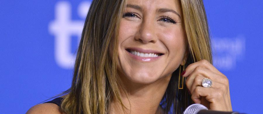"""Magazyn """"People"""" okrzyknął Jennifer Aniston najpiękniejszą kobietą świata. 47-letnia aktorka, gwiazda serialu """"Przyjaciele"""", otrzymała ten tytuł po raz drugi."""