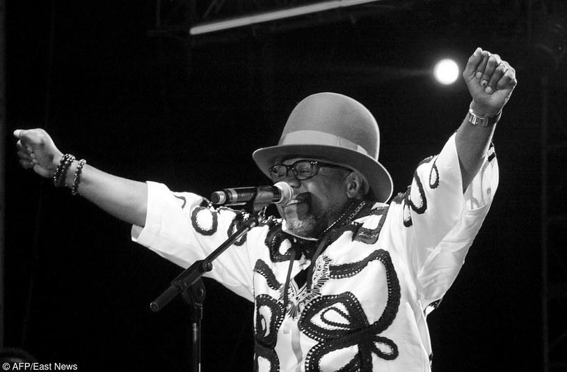 W wieku 66 lat zmarł Papa Wemba - jeden z najpopularniejszych muzyków afrykańskich. Wokalista zasłabł na scenie - niestety, nie udało się go uratować.