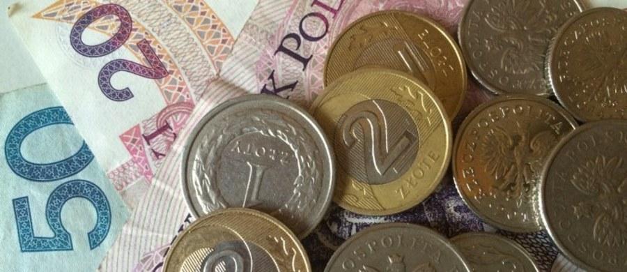 Злотый признан самой слабой валютой в регионе