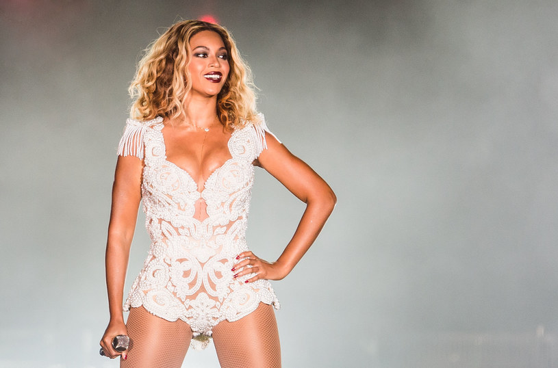 """James Corden, Jimmy Kimmel i Stephen Colbert w swoich programach skomentowali zamieszanie wokół płyty i filmu """"Lemonade"""" Beyonce."""