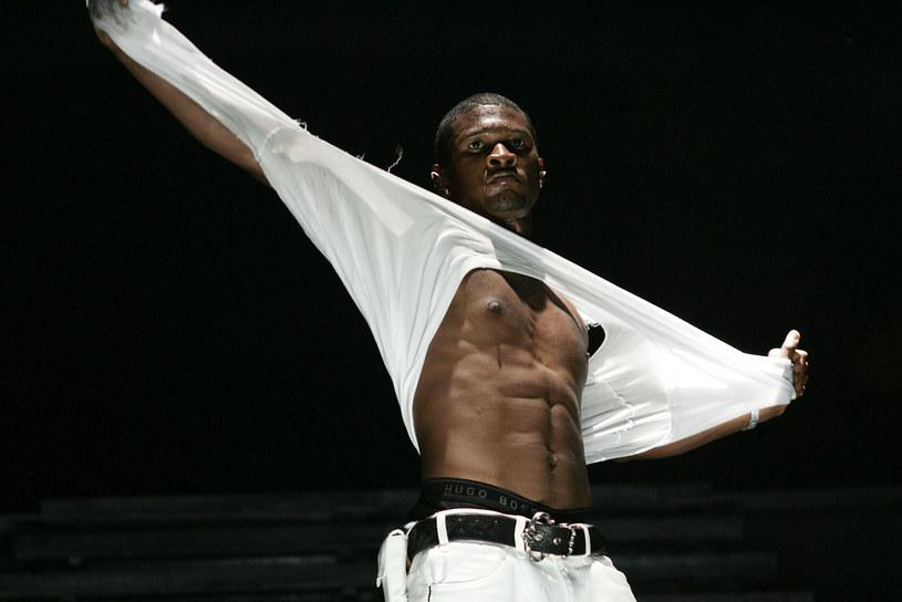 W sieci pojawiły się nagie zdjęcia Ushera. Nie jest to jednak wyciek, a świadome działanie samego wokalisty.