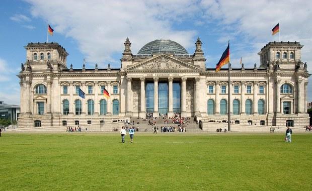 Niemiecki Federalny Trybunał Konstytucyjny odrzucił wniosek partii Lewica (Die Linke), domagającej się przyznania opozycji w Bundestagu dodatkowych praw. Lewica chciała móc kierować ustawy do kontroli pod kątem ich zgodności z konstytucją.