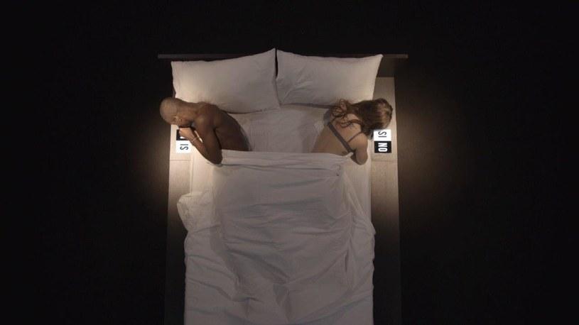 """Dwoje nieznajomych, jedno łóżko i 30 minut na decyzję. Kto jest gotowy na taki eksperyment miłosny? Tak swój nowy program reklamuje telewizja TLC. Rozpoczęły się castingi do polskiej wersji show """"Undressed""""."""